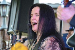 Andrea Rice m/ band på irsk folkemusikkaften.